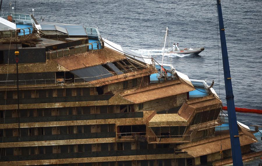 Photos: Raising the Costa Concordia - The Atlantic