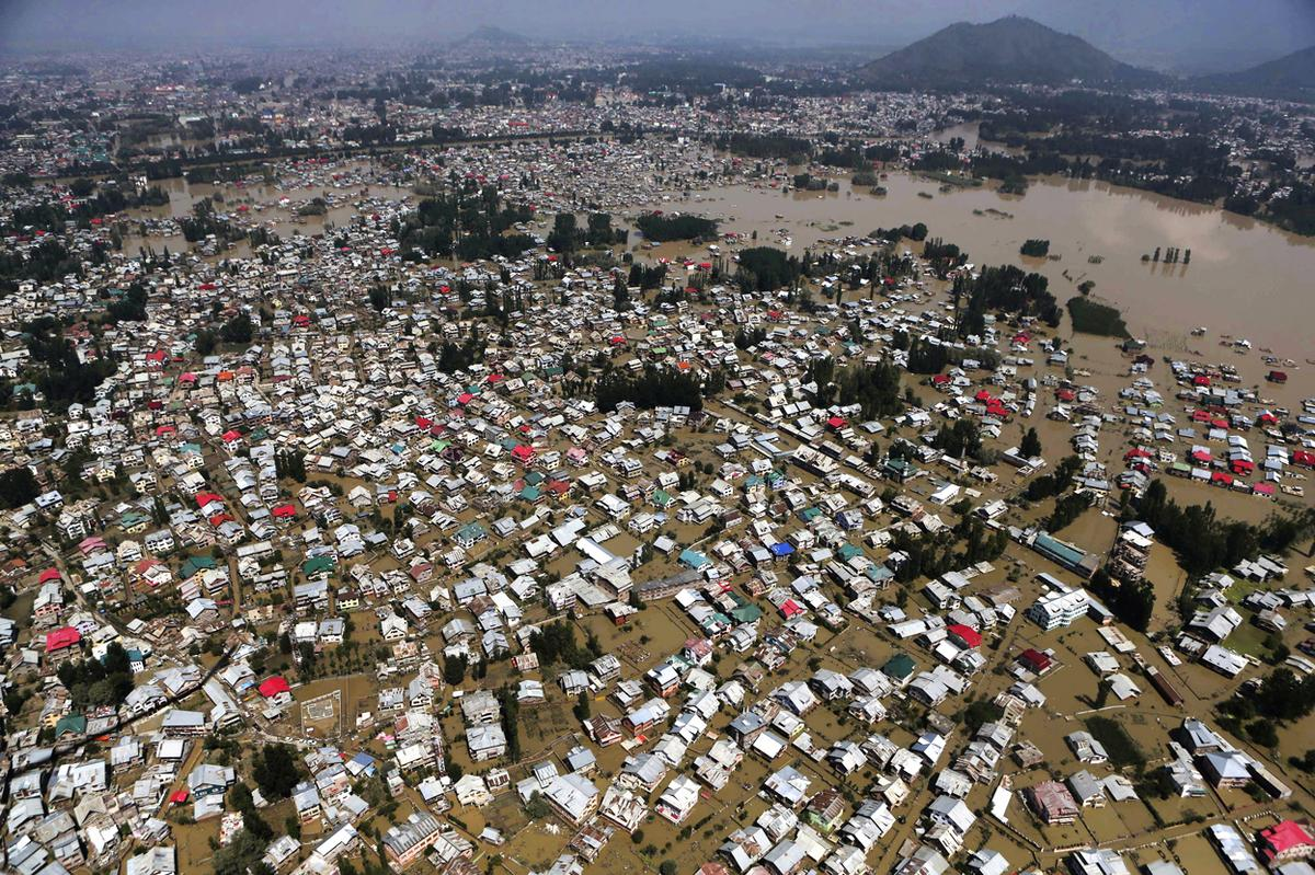 Flood 2010 in pakistan essay in english