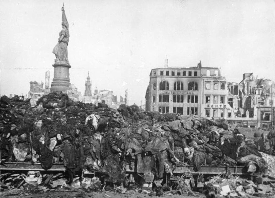 https://cdn.theatlantic.com/assets/media/img/photo/2015/02/remembering-dresden-70-years-after-the-firebombing/d06_00001/main_900.jpg?1423772427