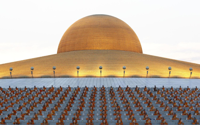 The Symmetry And Shapes Of Makha Bucha At Wat Dhammakaya The Atlantic