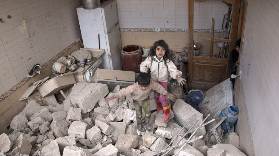 https://cdn.theatlantic.com/assets/media/img/photo/2015/08/syrias-children/s07_470326672/main_900.jpg?1440703100