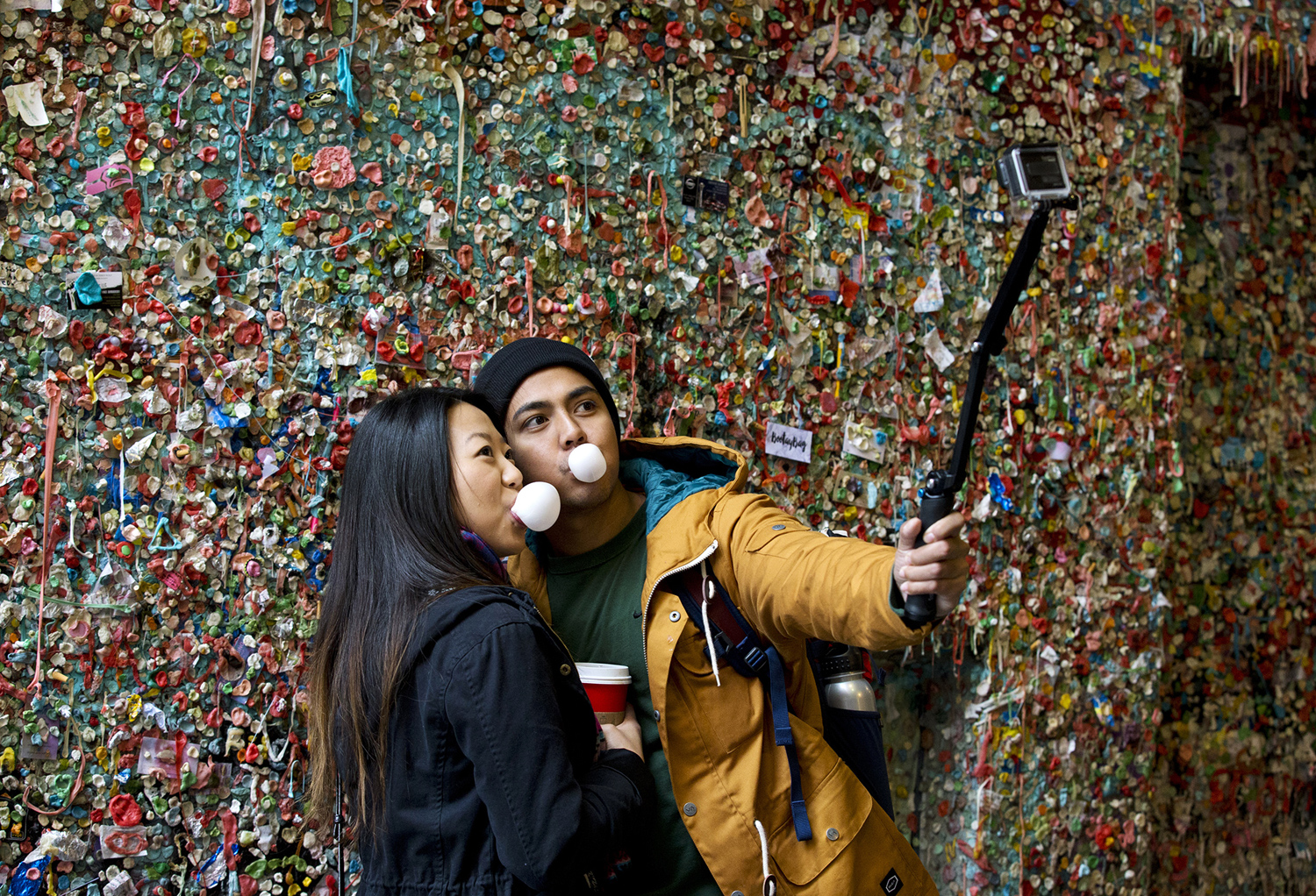 gum chewing essay Chewing gum and gum essay if your gum is sugar-free, there's a good chance it contains the artificial sweetener aspartame aspartame is metabolized inside your.