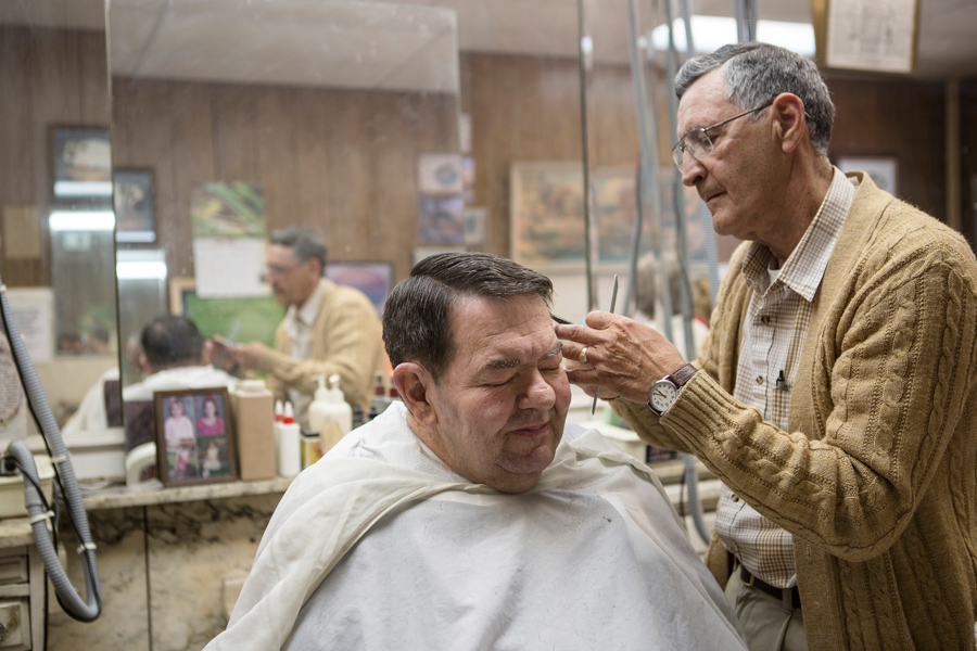 Barber Shop Asheville Nc : ... at the Brian Cooper-Temple Barber Shop in in Hinton, West Virginia