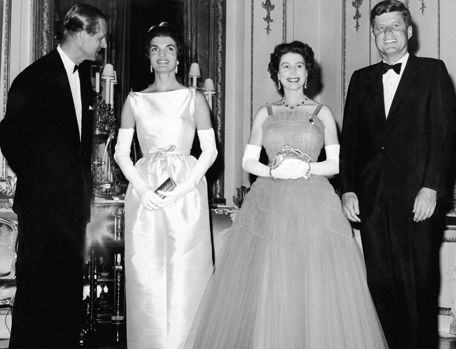Image result for jackie kennedy and queen elizabeth