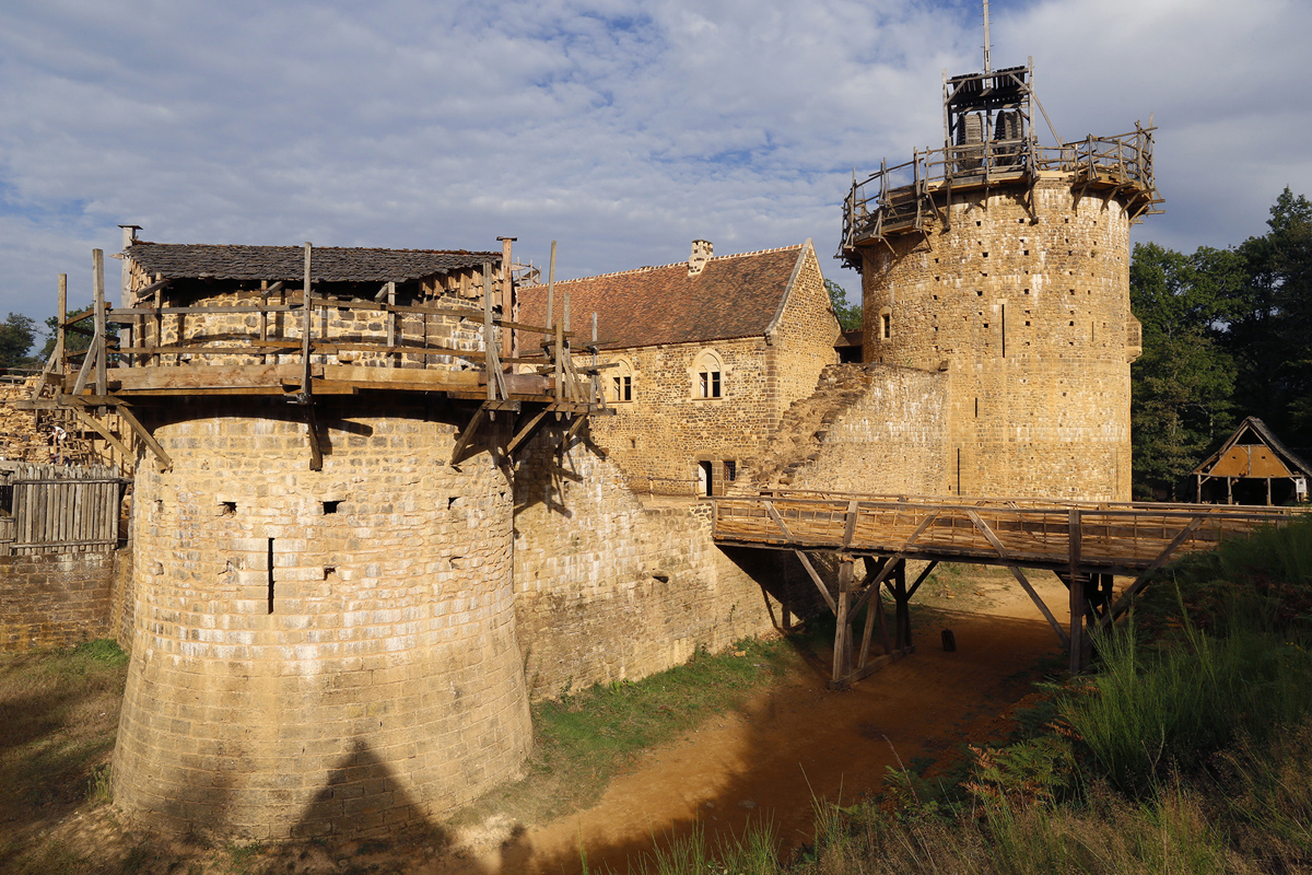 Building A 13th Century Castle In The 21st Century The