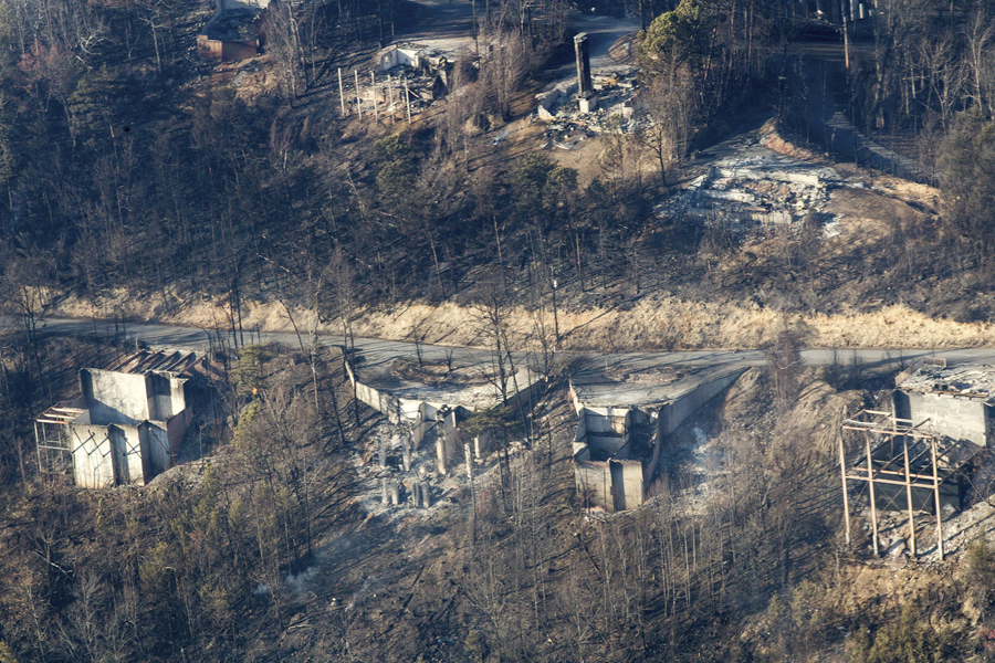 Photos Of The Wildfires Near Gatlinburg Tennessee The