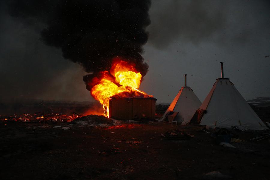 特朗普政府重新启动达科他输油管道建设 - wuwei1101 - 西花社