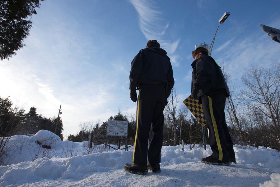 难民从美国偷渡到加拿大 - wuwei1101 - 西花社