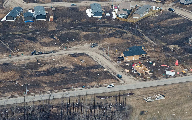 麦克默里堡(Fort McMurray)森林大火 一年后重建缓慢 - wuwei1101 - 西花社