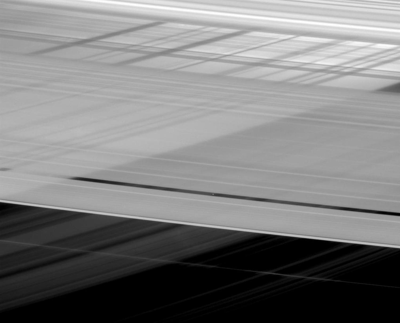 卡西尼号(Cassini)探测器环土星探测13周年 - wuwei1101 - 西花社