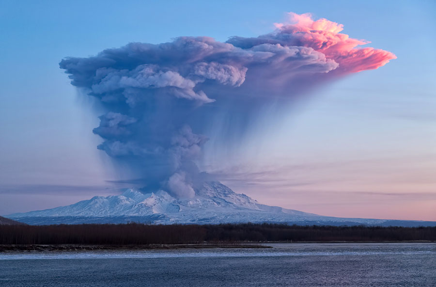 Erupting Russian Volcanoes Could Make a Mess of Your Flight | WIRED