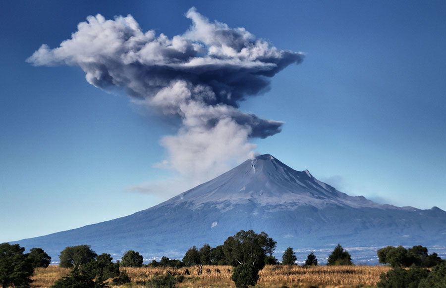 The Year In Volcanic Activity The Atlantic - Active volcanoes in mexico