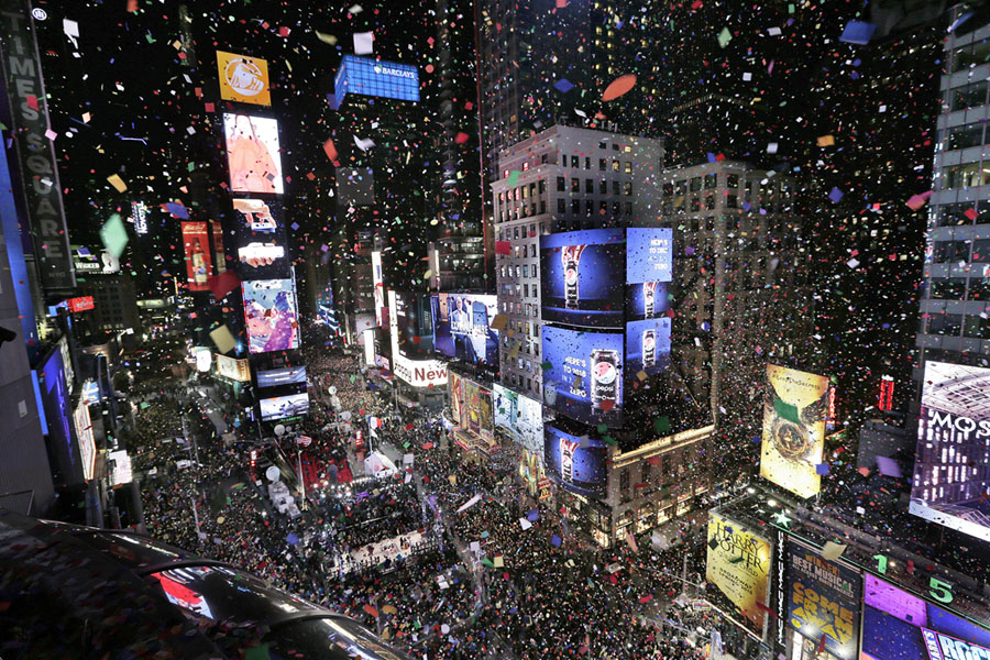 Photos of the new year ringing in 2018 around the world for What to do around times square