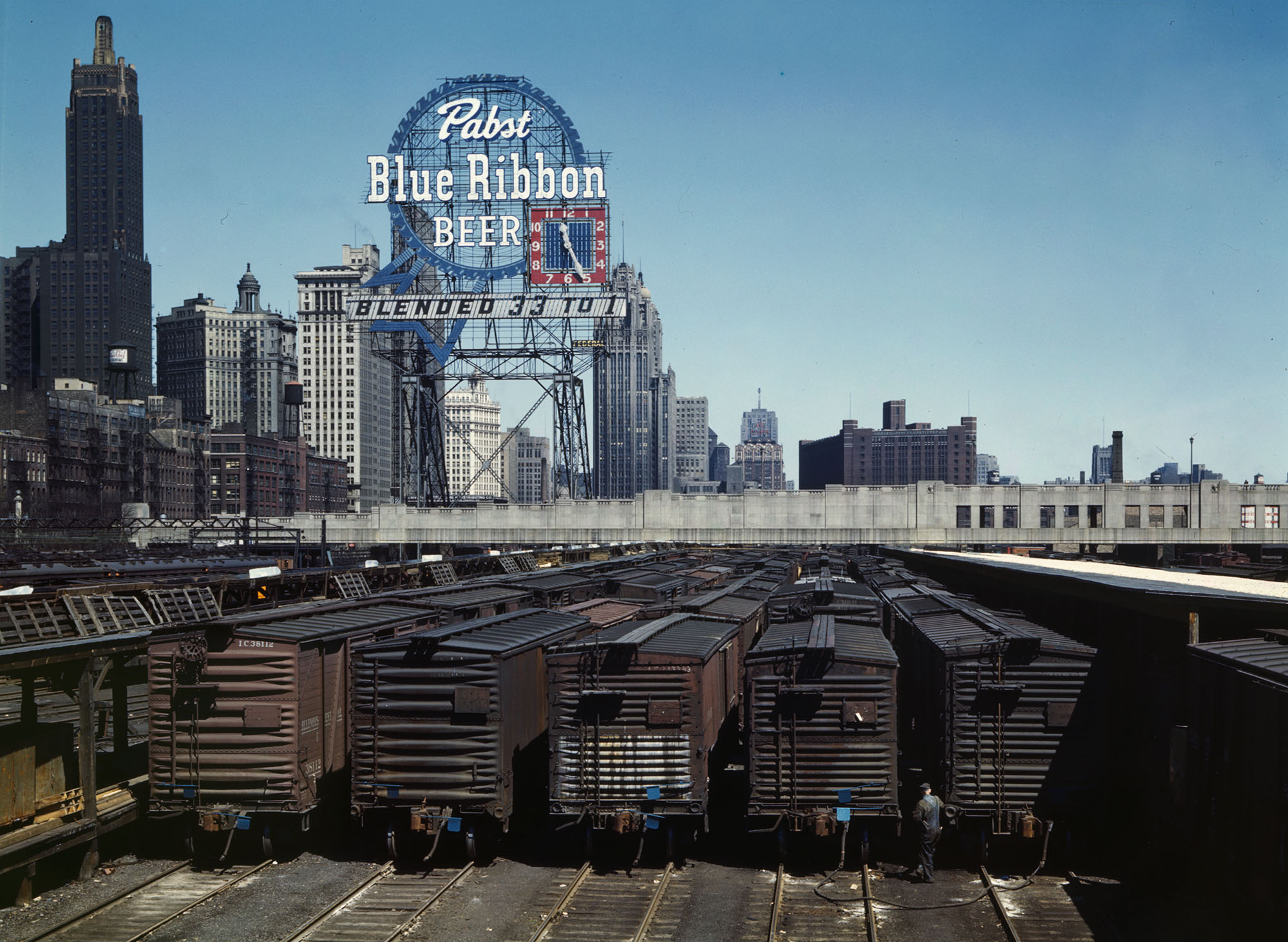 Color Photos of Chicago\'s Rail Yards in the 1940s - The Atlantic