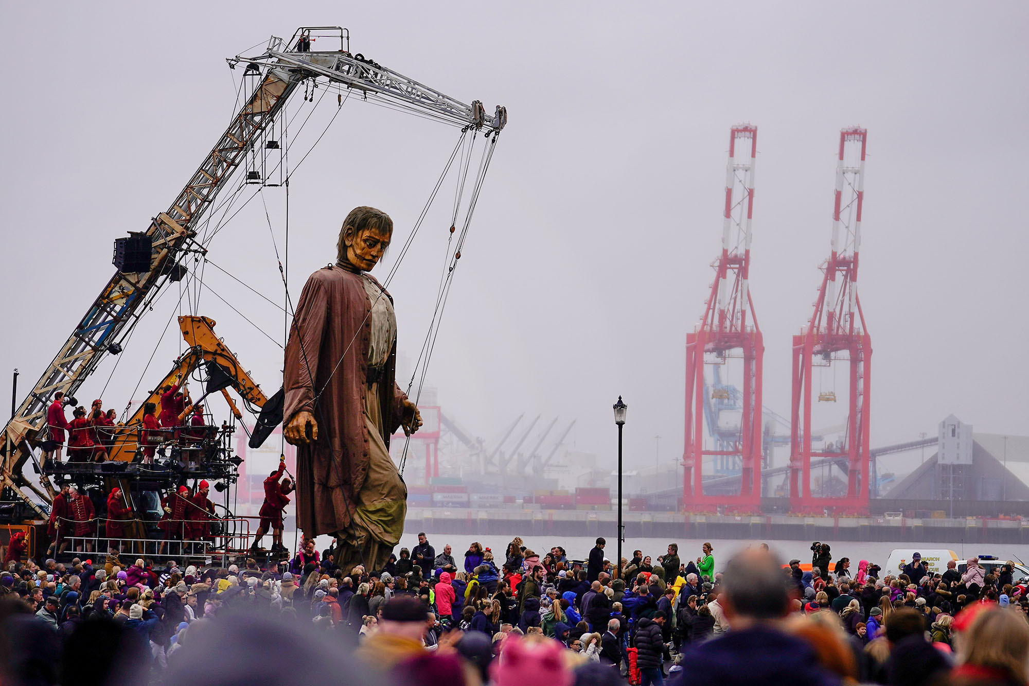 The Final Appearance of the Giant Puppets of Royal de Luxe