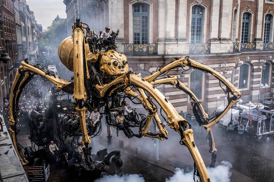 toulouse becomes a labyrinth for la machine s giant spider and
