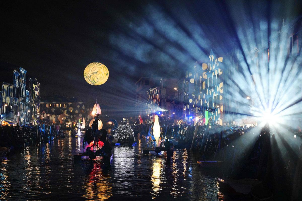 Carnival in Venice 2019 (18 photos)