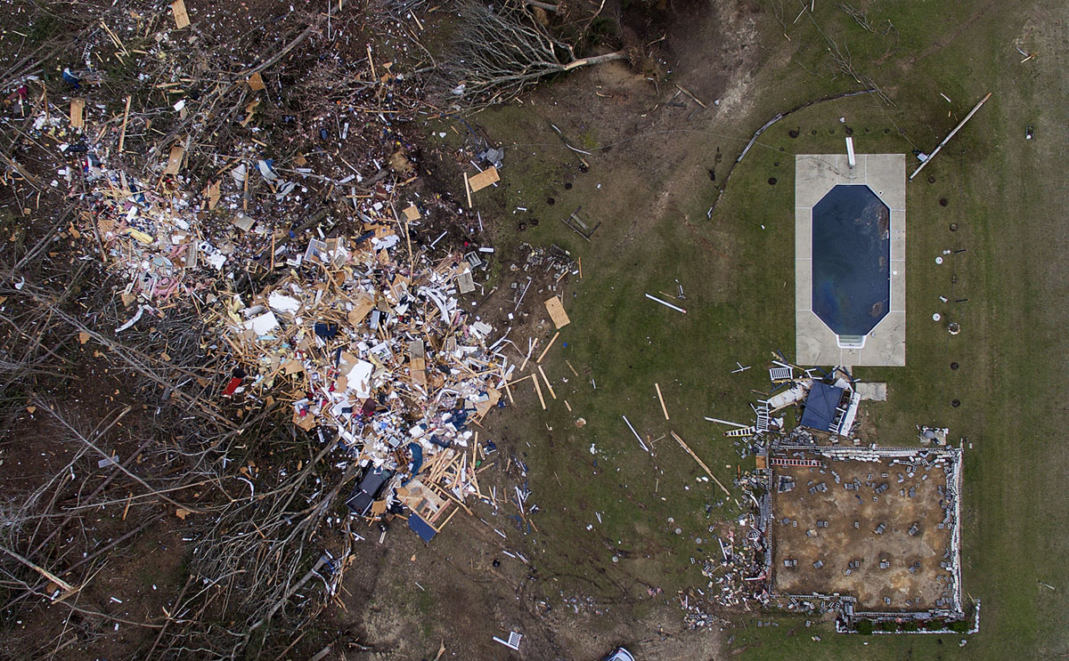 Photos of the Destruction Caused by Tornadoes in Alabama (28 photos)