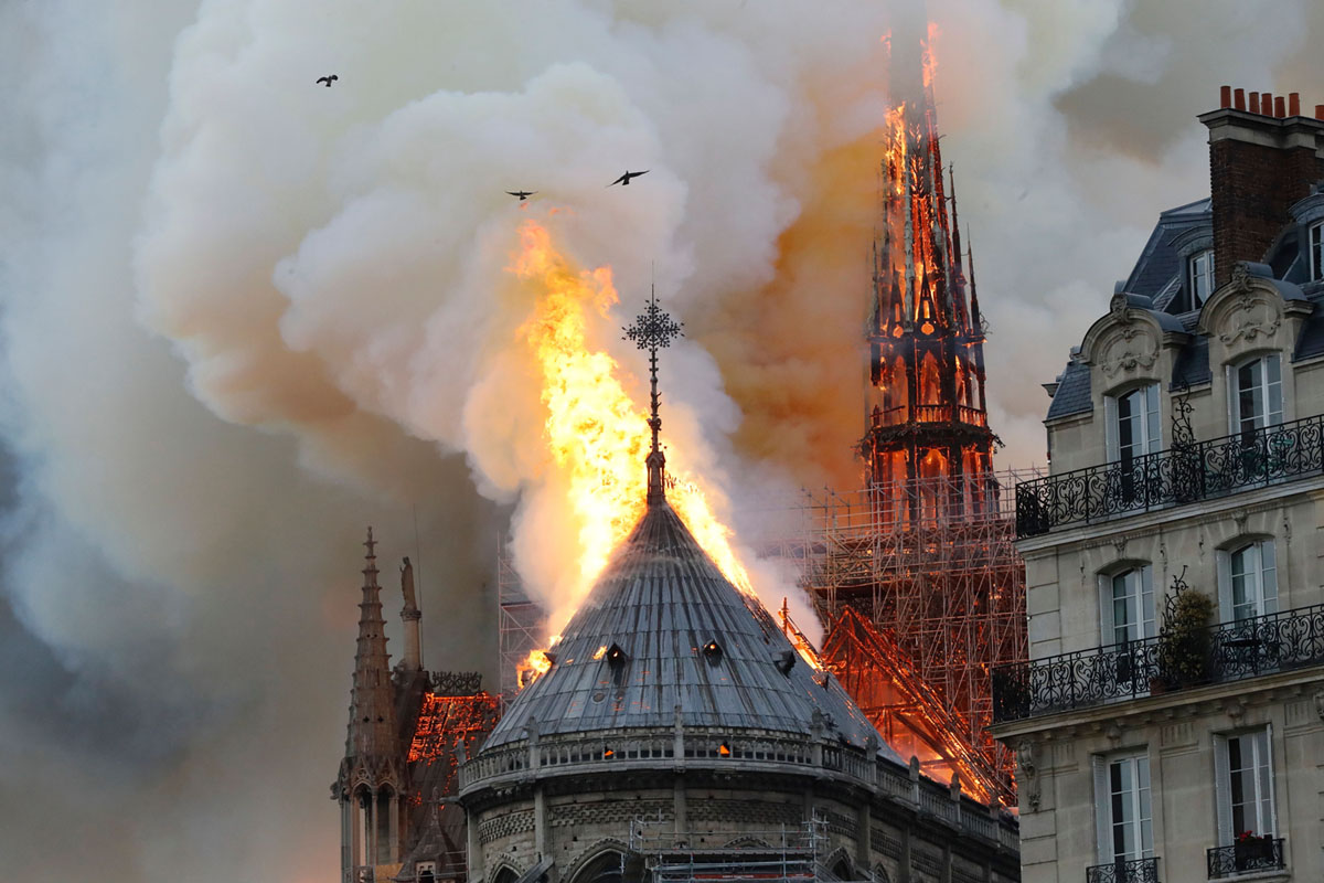 Photos: Notre Dame Cathedral Burns in Paris (14 photos)
