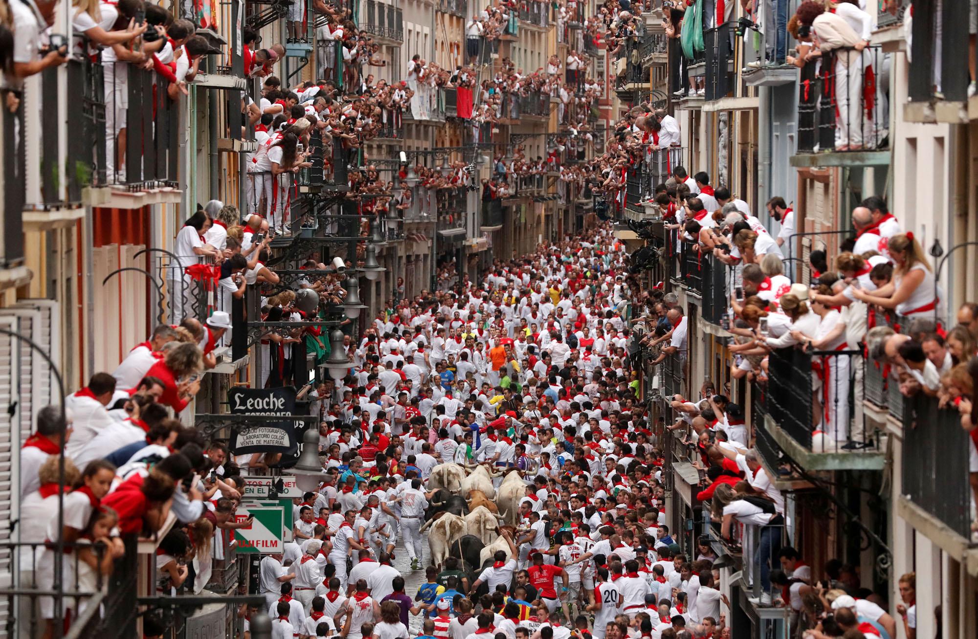 raíz Fanático Leve  Running of the Bulls 2019: The Fiesta de San Fermín - The Atlantic