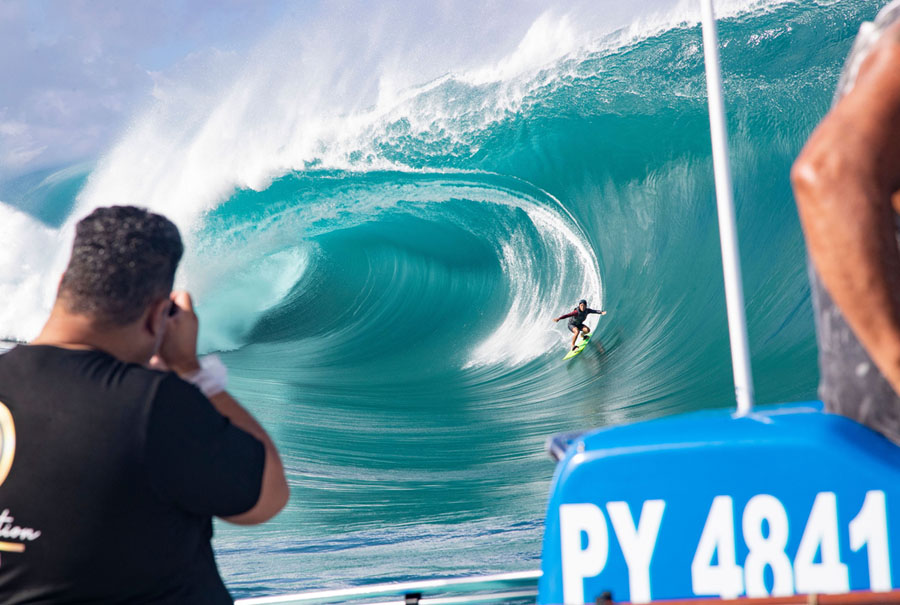 Surfing Teahupo O Photos From Above And Below The Atlantic