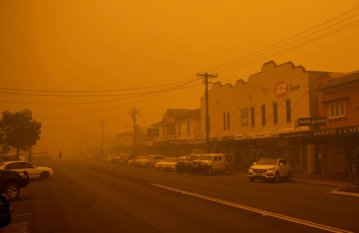 Photos of Australia's Raging Bushfires (20 photos)