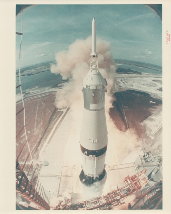 apollo space flights launched - photo #36