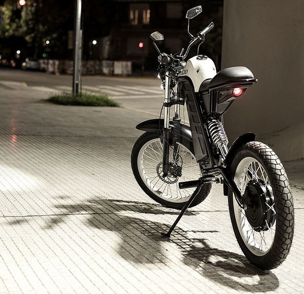 A Bare Bones Electric Motorcycle For Green Urban Riding