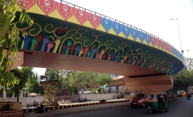 Street art 39 s unusually vital role in india 39 s cities citylab for City mural projects