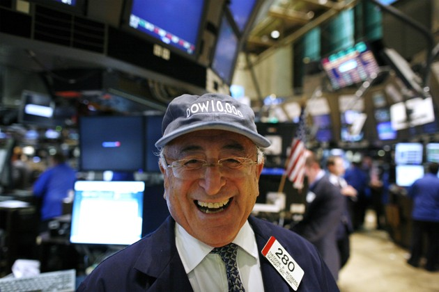The Dark Omen of Those Dow 19,000 Hats