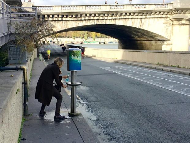 El último lujo de París: bebederos de agua con gas | Noticias Univision |  Univision