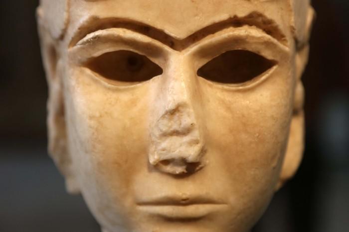 It's Disturbingly Easy to Buy Iraq's Archeological Treasures