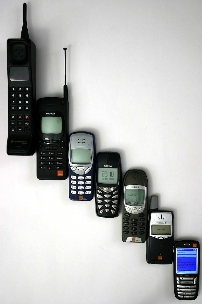 Mobile Technology: When Dumb Phones Were Cool: A Visual History