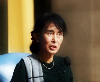 aung san suu kyi letters from burma pdf