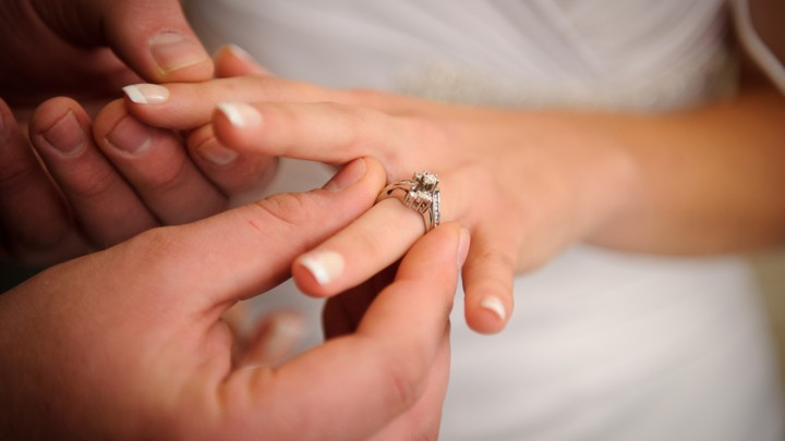 Mature cheating wives with wedding rings