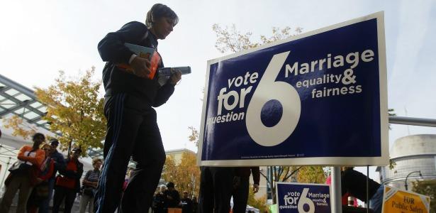 MDgaymarriage.banner.reuters.jpg