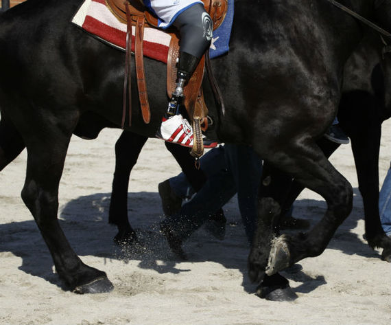 horselegsban.jpg
