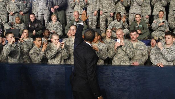 obama wave mil-body.jpg