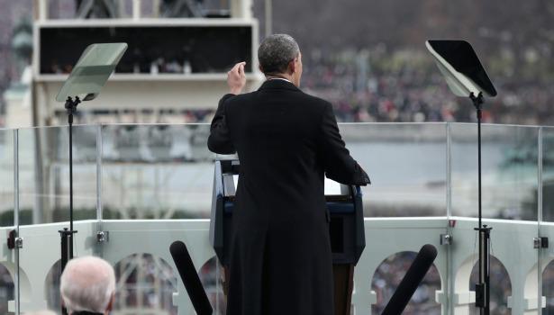 obamainaugbehind.banner.reuters.jpg