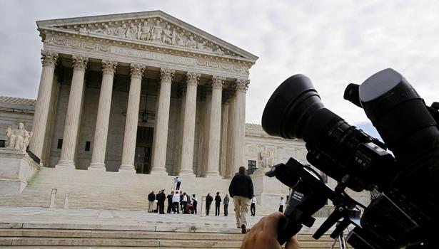 supreme court camera-body.jpg
