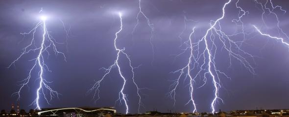 590 lightening REUTERS Marko Djurica.jpg