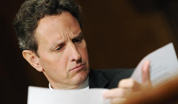 600 Geithner Reading REUTERS Jonathan Ernst.jpg