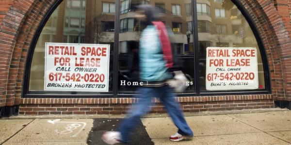 600 consumer recession REUTERS Brian Snyder.jpg
