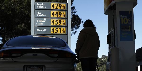 600 gasoline prices REUTERS Mike Blake.jpg