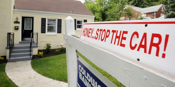 600 house stop the car REUTERS Jonathan Ernst.jpg