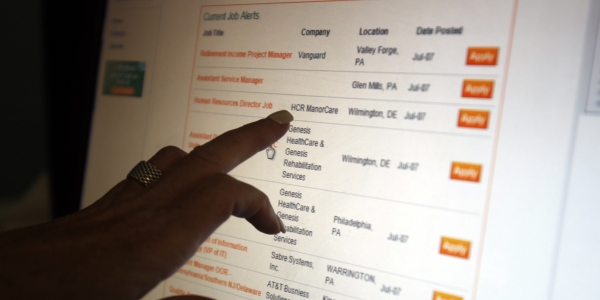 600 job listings REUTERS Tim Shaffer.jpg