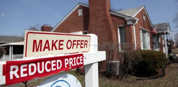 615 home reduced REUTERS Rebecca Cook.jpg