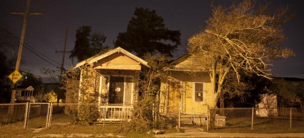 615 housing foreclosure reuters.jpg