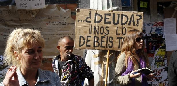 615 spanish debt sign ows.jpg