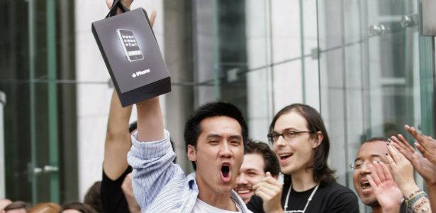 615_Apple_iPhone_2007_Reuters.jpg